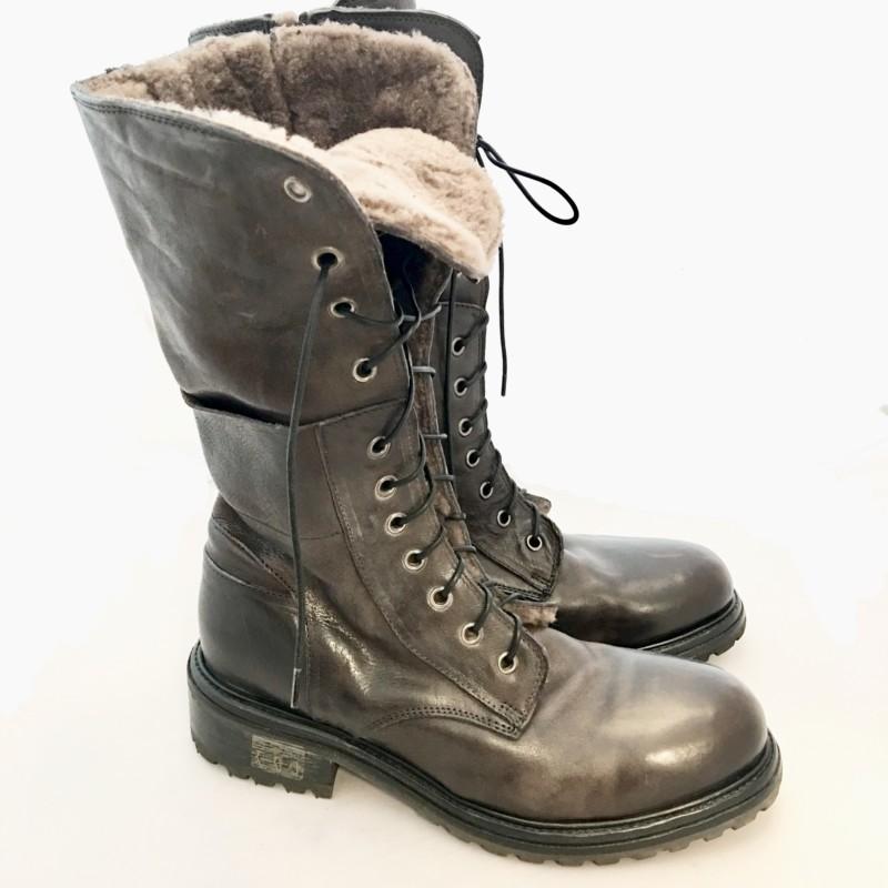 7e4a4766a0a183 Gefütterte Boots - Farbe Braun - Melablu